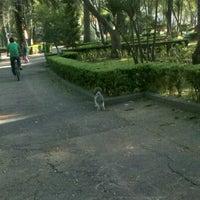 Foto tirada no(a) Parque Las Américas por Viridiana C. em 10/11/2012