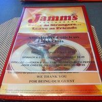 Foto tirada no(a) Jamm's Restaurant por Alex R. em 12/6/2013