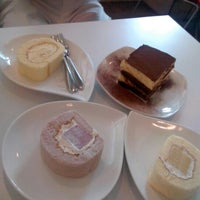 Photo taken at Yardley Pastry 亚德利果子工坊 by Jon D. on 1/5/2013