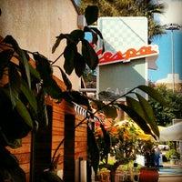 10/26/2012에 Erman E.님이 Vespa Cafe & Restaurant에서 찍은 사진