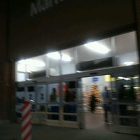 Photo taken at Walmart Supercenter by Chika C. on 11/24/2016