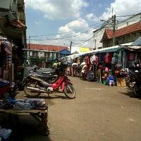 Photo taken at Pasar Pagi Bintara by Budy K. on 3/29/2012