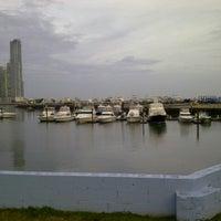 Foto tomada en Cinta Costera por Dimas B. el 9/11/2012