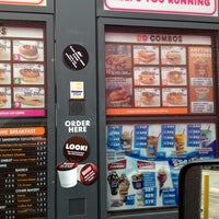 Photo taken at Dunkin Donuts by Omar Eastcoast R. on 5/23/2012
