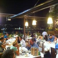 Foto scattata a Revma Balık da Serhat A. il 9/7/2013