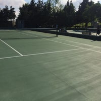 Photo taken at Performans Tenis Akademisi Cemile Sultan Korusu by Serkan H. on 5/7/2016