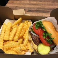 10/20/2017にStephanieがShake Shackで撮った写真