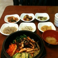 Foto tirada no(a) Yummy Korean Restaurant por Bao T. em 4/15/2013