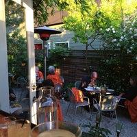 Foto scattata a Brimmer & Heeltap da isabella il 5/31/2014