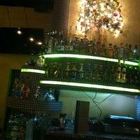 Foto tomada en Lime: An American Cantina & Tequila Bar por Donna D. el 11/30/2013