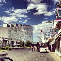 Foto tomada en Centro Comercial Andares por Carlos L. el 3/27/2013