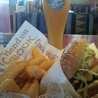 Photo taken at Red Robin Gourmet Burgers by Dennis H. on 10/10/2012