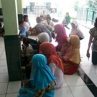 Photo taken at Masjid Jami Ar-Ridho Meteseh Tembalang Semarang by Elok Dyah K. on 5/12/2013