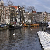 Photo taken at Prinsengracht by nava w. on 11/14/2012