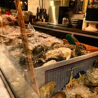 Photo taken at Greenpoint Fish & Lobster Co. by Michel on 9/14/2014