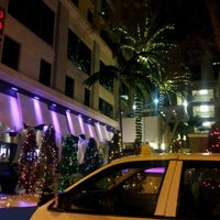 Photo taken at Vibe Las Olas by Won Seok L. on 12/20/2012