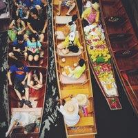 Photo taken at Damnoen Saduak Floating Market by Andrew L. on 7/29/2013