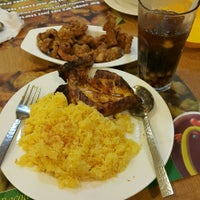 Photo taken at Bacolod Chk-n-BBQ by EA.Nicolas on 5/7/2015