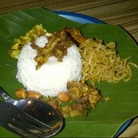 "Photo taken at Nasi Kucing ""ANGKRINGAN"" Kapok Lombok by Sulisiani S. on 11/17/2012"