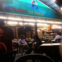 Photo taken at Restoran Seri Bunga by Amir F. on 12/9/2015