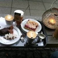 Das Foto wurde bei Kreipe's Coffee Time von Ceren B. am 11/30/2013 aufgenommen