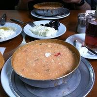 4/7/2013 tarihinde Tuba B.ziyaretçi tarafından Lades Restaurant'de çekilen fotoğraf