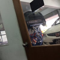Photo taken at AR DI AUTO CARE SDN BHD by Shakylaa 🤷♀️ on 11/10/2015