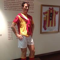 5/5/2013 tarihinde Ozkan I.ziyaretçi tarafından Galatasaray Müzesi'de çekilen fotoğraf