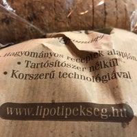 Photo taken at Lipóti Pékség Mintabolt by Péter K. on 8/28/2018