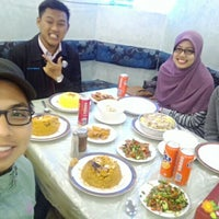 Photo taken at Umaiah Restaurant by MZF . on 3/21/2016