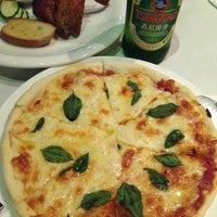 Photo taken at BONO Italian Reataurant by オリリ on 8/12/2015