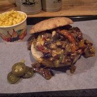 รูปภาพถ่ายที่ Chicago Williams BBQ โดย Turgay V. เมื่อ 3/3/2013
