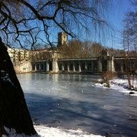 3/24/2013 tarihinde Suzanne V.ziyaretçi tarafından Rudolph-Wilde-Park'de çekilen fotoğraf