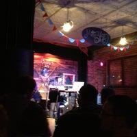 Foto tirada no(a) Woodruff's por John G. em 12/29/2012