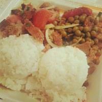 Photo taken at Pearlridge Uptown Bautista's by Kolohe B. on 9/23/2012