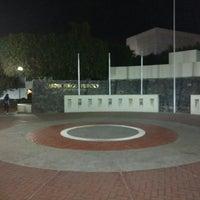 Photo taken at Jardín Niños Héroes by Carlos Daniel P. on 3/4/2016