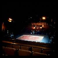 Photo taken at Teatre La Villarroel by Zulema Z. on 2/23/2013
