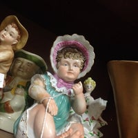 Photo taken at Oviedo Antique Mall by Ashley T. on 6/7/2014