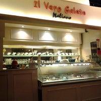 Photo taken at Pisa Kafe by Desi N. on 12/15/2012