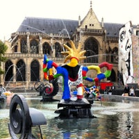 Photo taken at Stravinsky Fountain by Livy E. on 9/17/2012