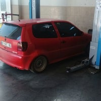 Photo taken at Mutlu Otomotiv Opel ve Chevrolet Servisi by Recep A. on 3/5/2015