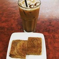 Photo taken at OldTown White Coffee by 7056161k0 H. on 1/14/2017