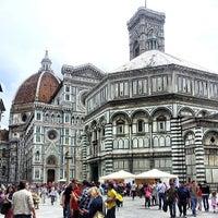 Foto scattata a Piazza del Duomo da Patrik S. il 5/18/2013