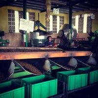 Photo taken at Glenloch Tea Factory by Simpampon on 11/17/2012