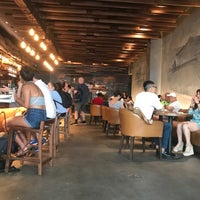Das Foto wurde bei Starbucks Reserve von Ozgur T. am 6/30/2018 aufgenommen