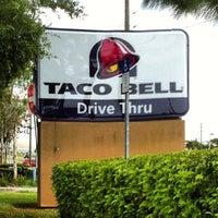 7/27/2014에 Anthony B.님이 Taco Bell에서 찍은 사진