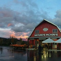 Photo taken at Nature's Pickin's Market by Nature's Pickin's Market on 2/20/2015