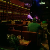 Photo taken at Queens Lounge Bar by Mateus C. on 7/12/2013