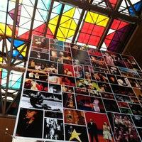 Das Foto wurde bei Centro Cultural Gabriela Mistral von Ly V. am 1/13/2013 aufgenommen