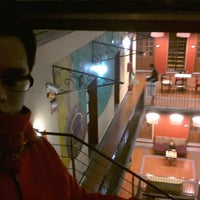 Foto tomada en Hostal Regina por Hector H. el 12/2/2012